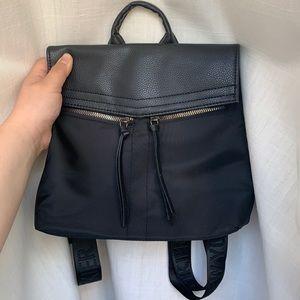 Botikier Backpack